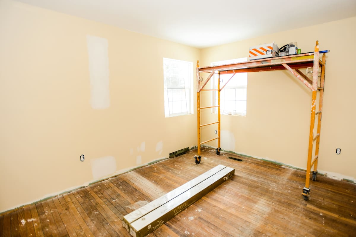 Common Interior Painting Jobs In Your Living Room That You May Need Professional Help For