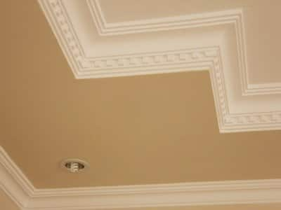 Crown molding on ceiling