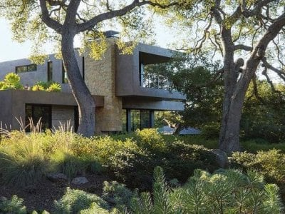 Home exterior and landscaping by Marmol Radziner Architectural Firm