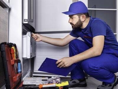 Refrigerator repairman