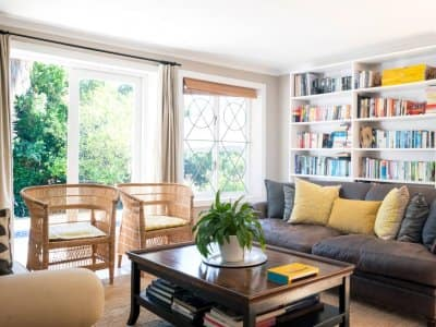 A cosy living room on a summer day