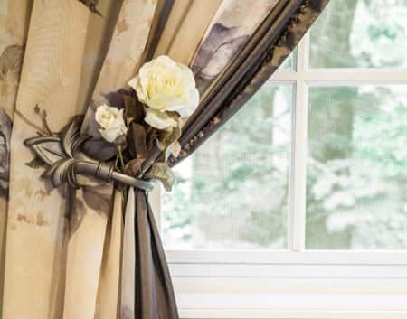 curtain holdback fixture with flowers