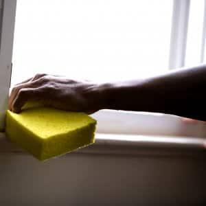 windowsills and tracks cleaning