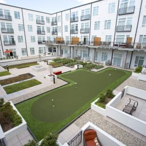 apartment courtyard with putting greens (Photo by Eldon Lindsay)