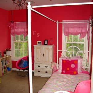 bright pink girl bedroom