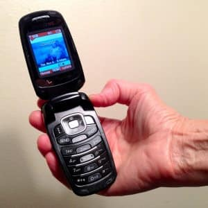 Senior cell phone flip phone