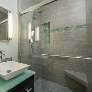 shower with bench and niche