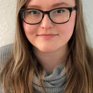 Lauren Murphy headshot