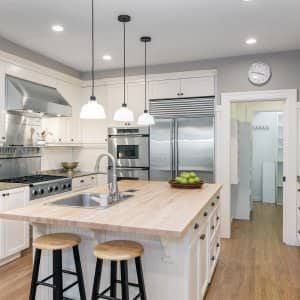 Modern, remodeled kitchen (Photo by Coralimages - stock.adobe.com)
