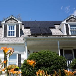 Solar panels on the roof of a house (Photo by Kmlphoto - stock.adobe.com)