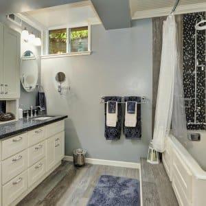 Basement in bathroom (Photo by Iriana Shiyan - stock.adobe.com)