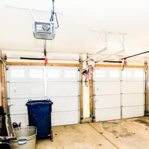 garage door without insulation