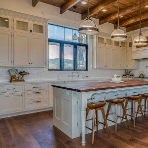 Kitchen and open layout modern farmhouse (Photo by PC Photography / iStock / Getty Images Plus via Getty Images)