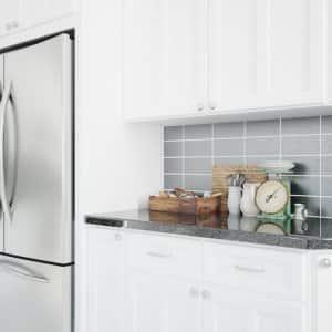 a silver refrigerator in a modern kitchen (Photo by © Robert Kneschke - stock.adobe.com)