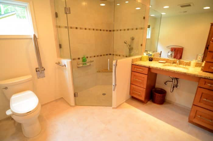 accessible bathroom with grab bars