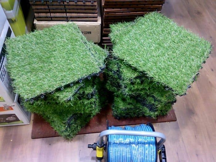 Field turf squares