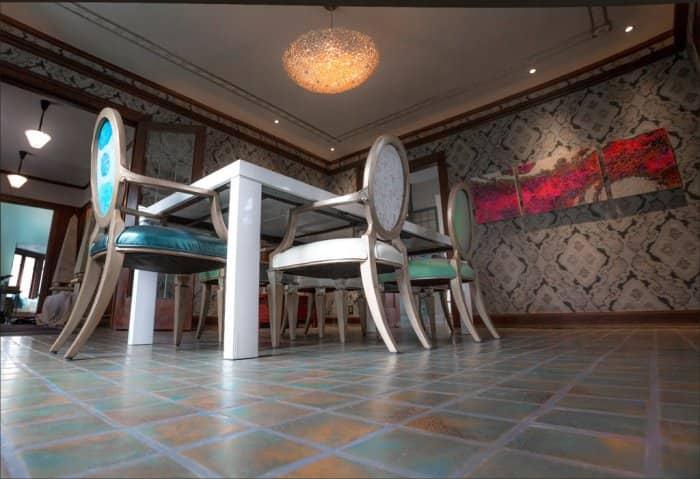 Decorators' Show House room by Julie O'Brien Design Group
