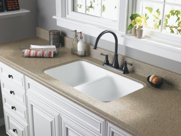 undermount sink inside Formica countertop