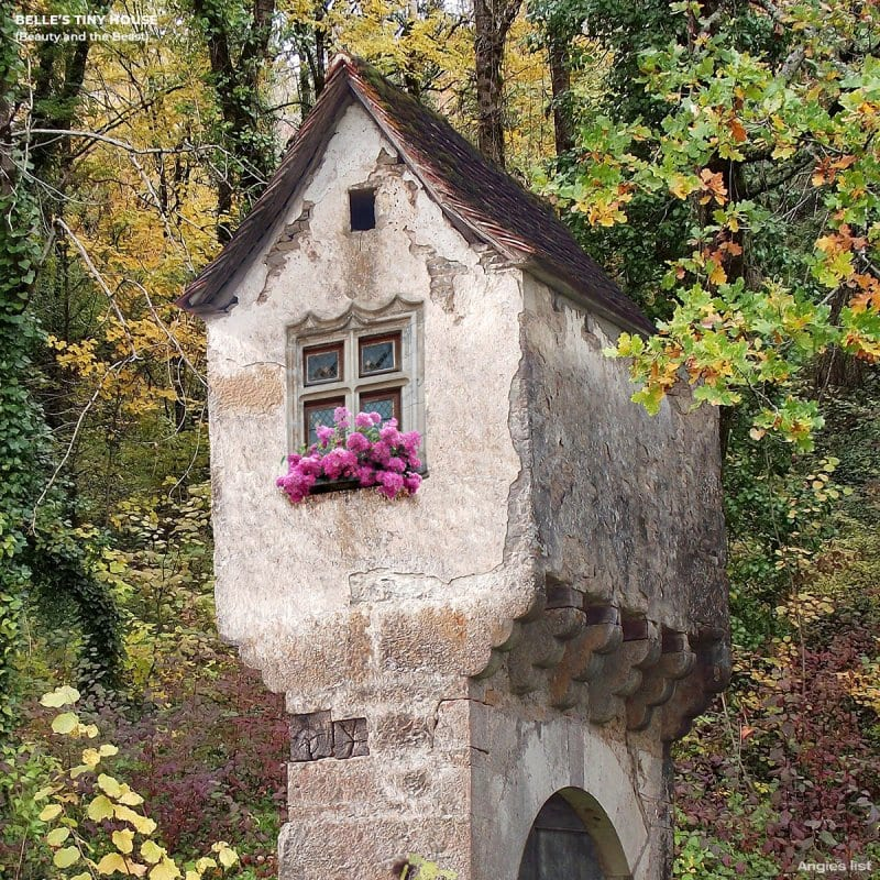Belle's tiny tower house's exterior