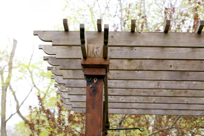 The pergola was in a very poor condition and not very attractive. (Photo courtesy of Melissa Caughey/Tilly's Nest)