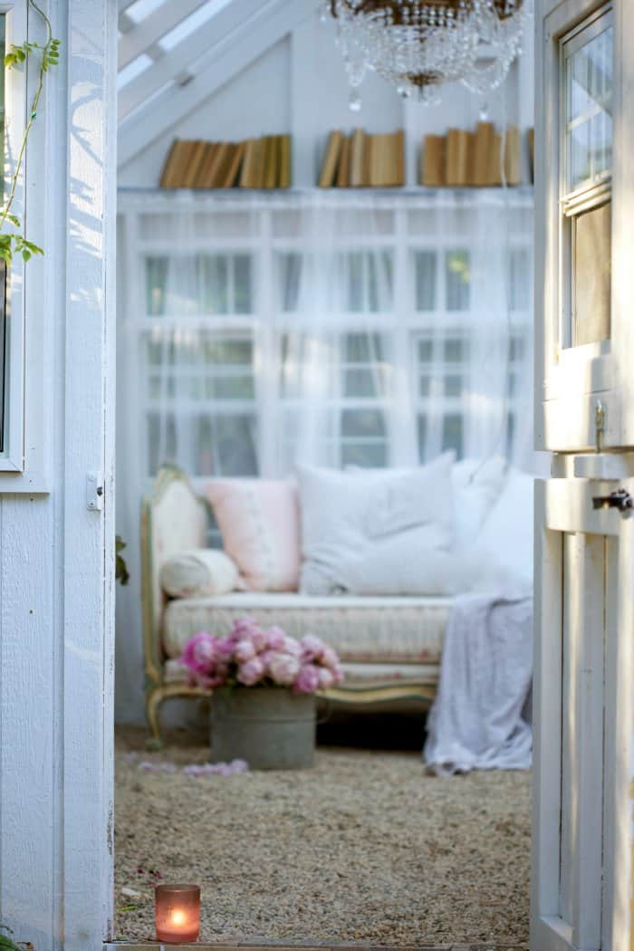 The she-shed interior is simple and stunning. (Photo courtesy of Courtney Allison/The French Country Cottage)