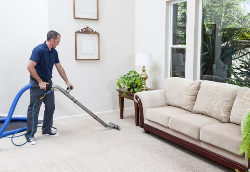 Carpet steam cleaning (Photo by Bill Oxford / E+ via Getty Images)
