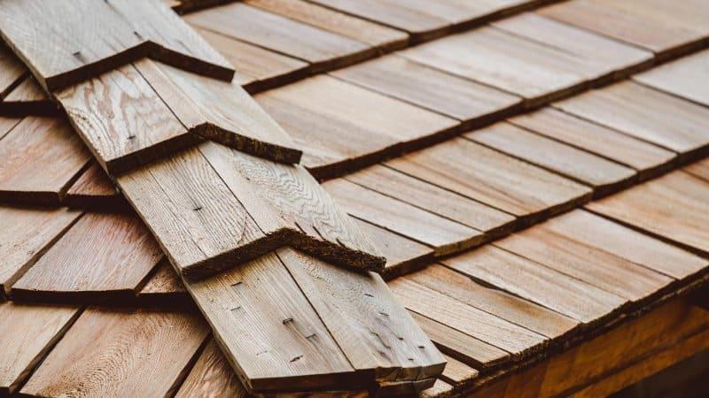 Close-up of a cedar shake roof (Photo by Pantira - stock.adobe.com)