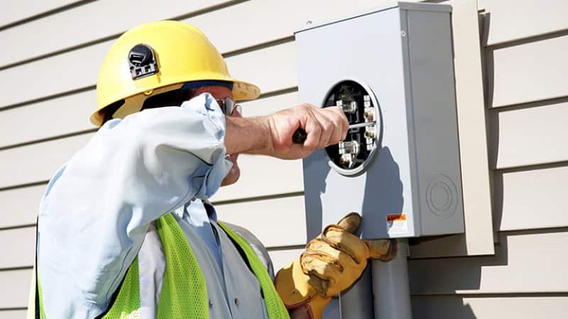 Disconnecting electrical from house (Photo by ftwitty / E+ via Getty Images)