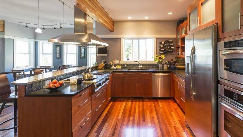Hardwood in kitchen (Photo by ML Harris - stock.adobe.com)