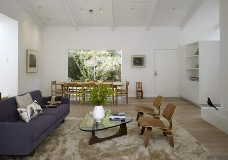 Mid-century modern living room (Photo by John Edward Linden / Corbis Documentary via Getty Images)