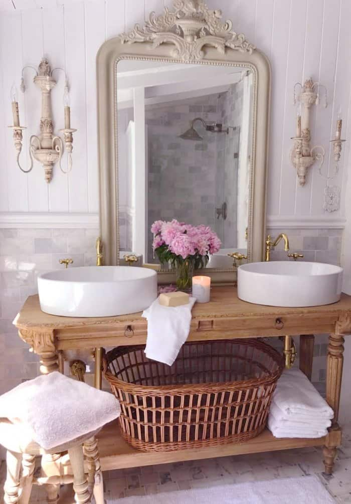 A fairly simply change made a huge impact in this bathroom. (Photo courtesy of Courtney A/The French Country Cottage)