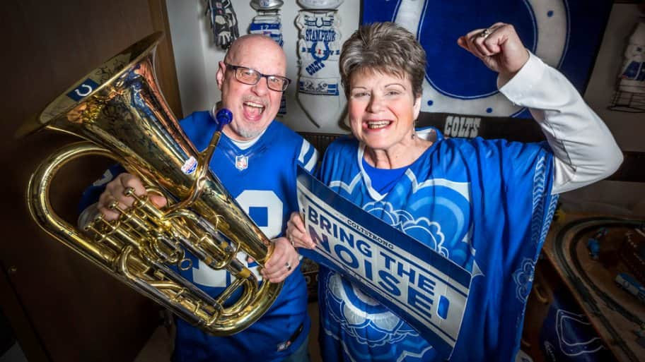 Indianapolis Colts fans Ray and Diane Bridges