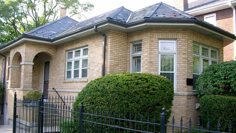 a bungalow in Chicago