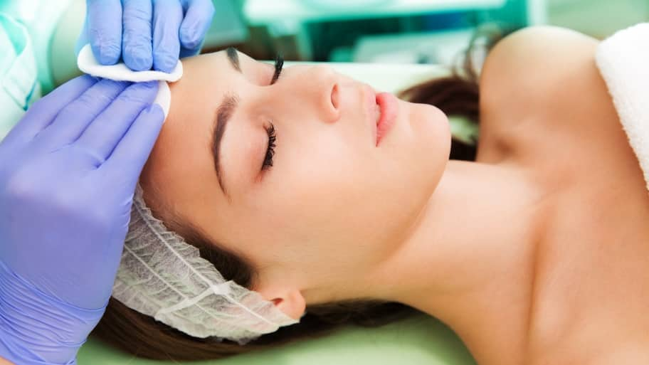 woman having a dermatology procedure
