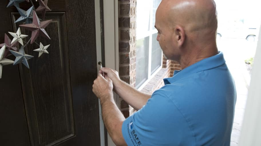 Alarm system install on front door