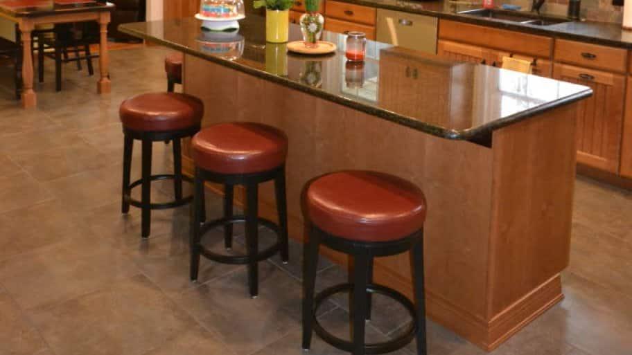 Porcelain kitchen tile floor
