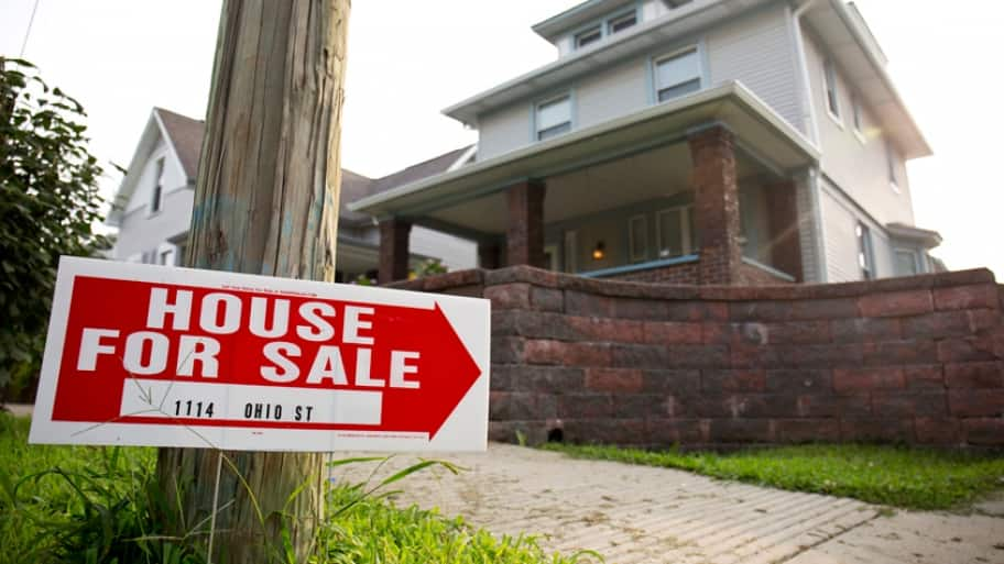 Aside from multiple government programs, there are seller and lender credits that can cover down payments and closing costs. (Photo by Eldon Lindsay)