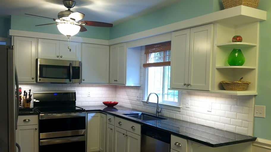 white refaced kitchen cabinets