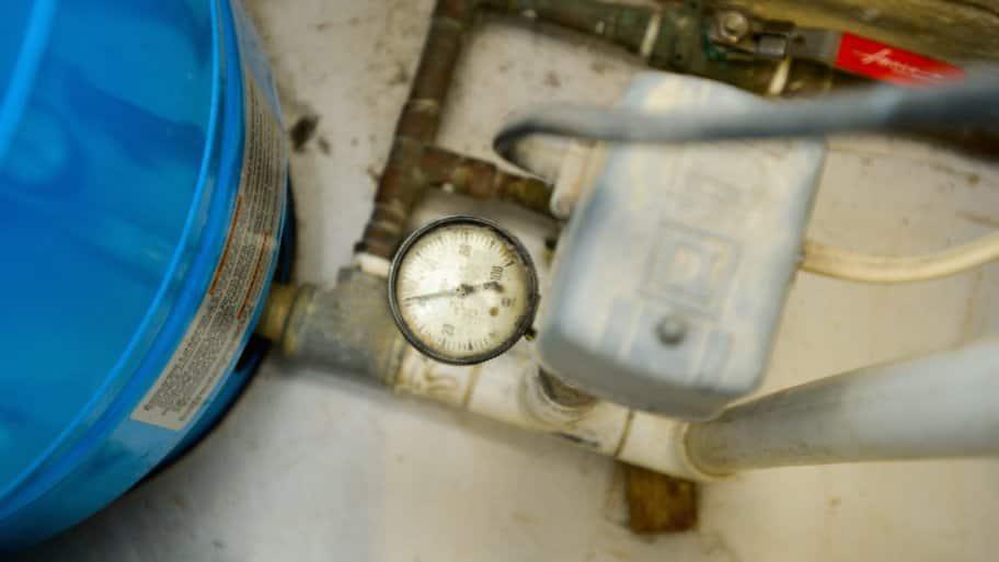 water heater gauge