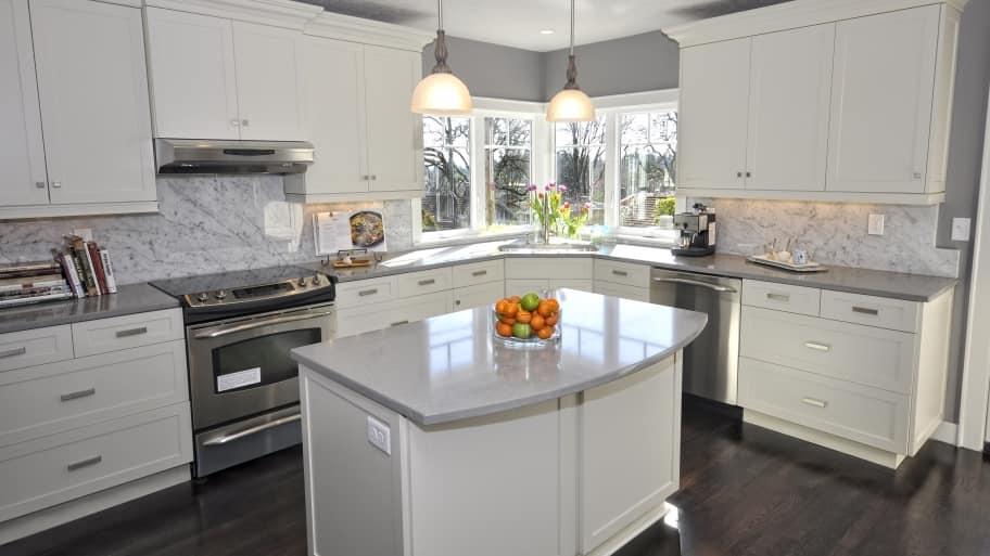 a sparkling clean kitchen (Photo by Photo by Kayla VanLydegraf  )