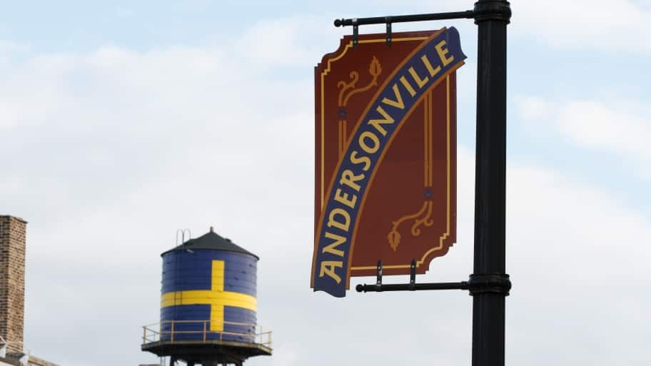 Once home to a large population of Swedish immigrants, Andersonville has grown into a diverse community with a wide variety of restaurants and businesses. (Photo by Photo courtesy of the Andersonville Chamber of Commerce)