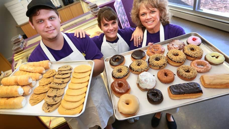 Regal Donuts & Bakery Beech Grove