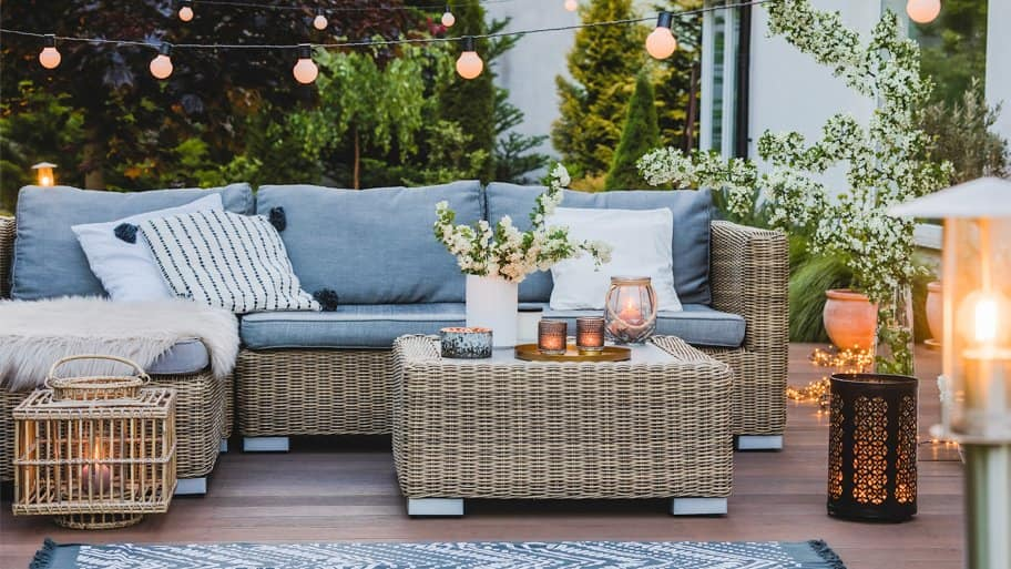 Patio sitting area with hanging lights