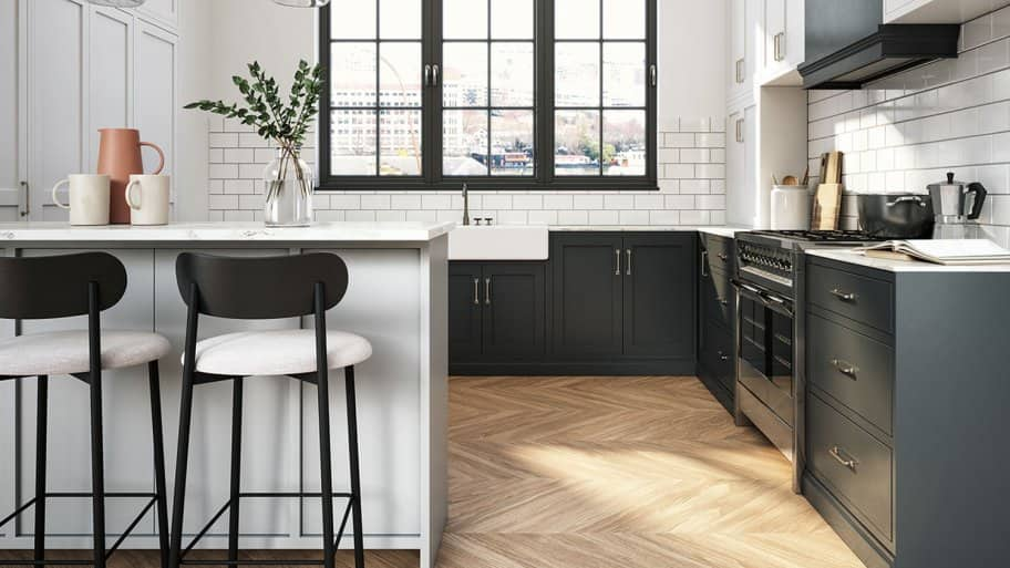 modern black and white kitchen (Photo by CreativaStudio via Getty Images)