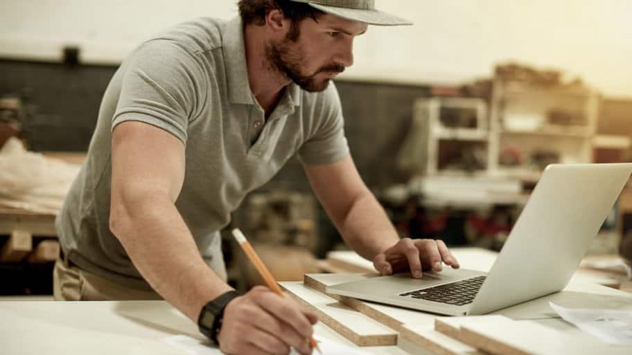 Carpenter on computer