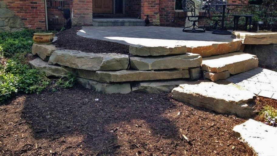 Merrittscape created an aesthetically pleasing design for Michael K.'s front entrance. (Photo courtesy of Angie's List member Michael K. of Clarkston, Mich.)