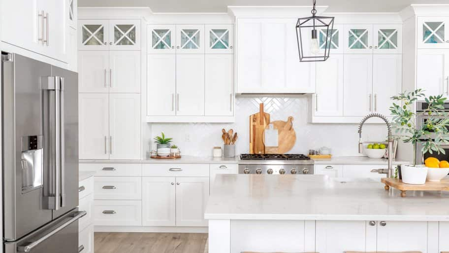 Beautiful modern farmhouse kitchen