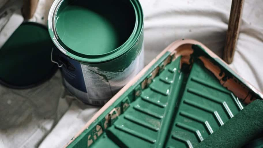Can of green paint