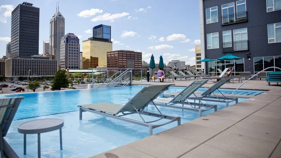downtown Indianapolis artistry building apartments