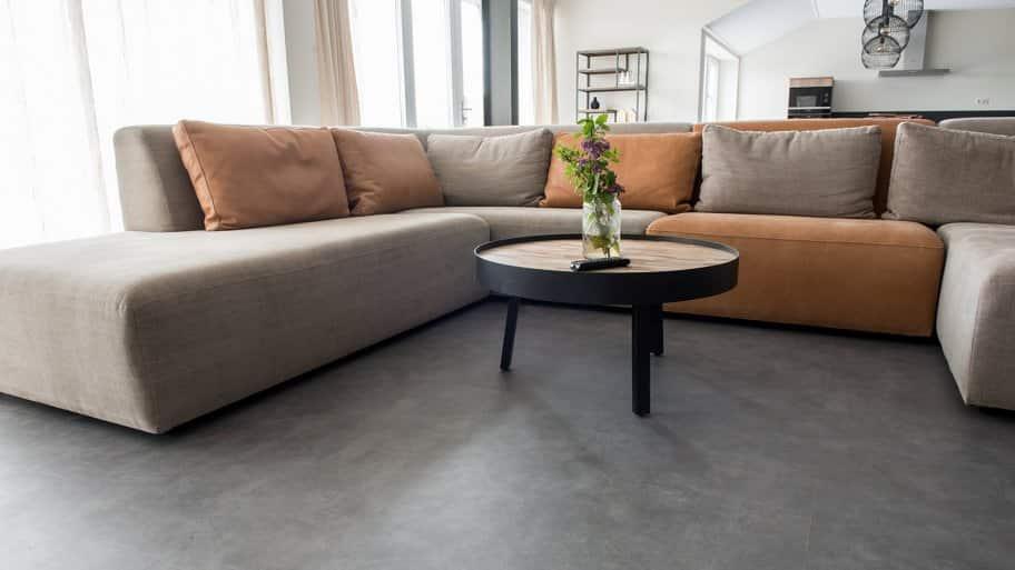 Living room with laminate-like flooring